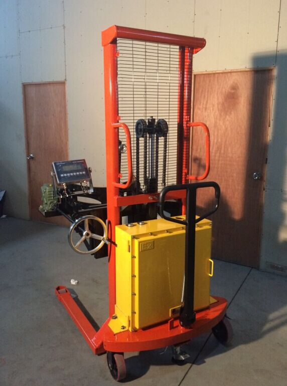 300kg油桶搬运车地秤 自动升降油桶车电子秤
