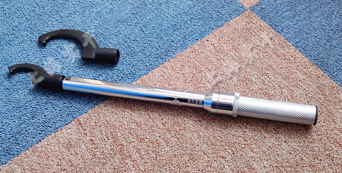 sgtg螺栓预置式扭矩扳手的用法 所选用的扭力扳手的